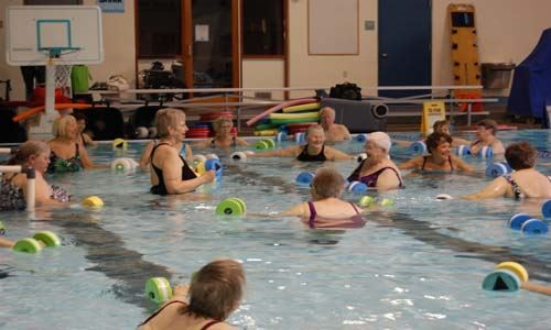 Aquatic Arthritis Class in shallow water
