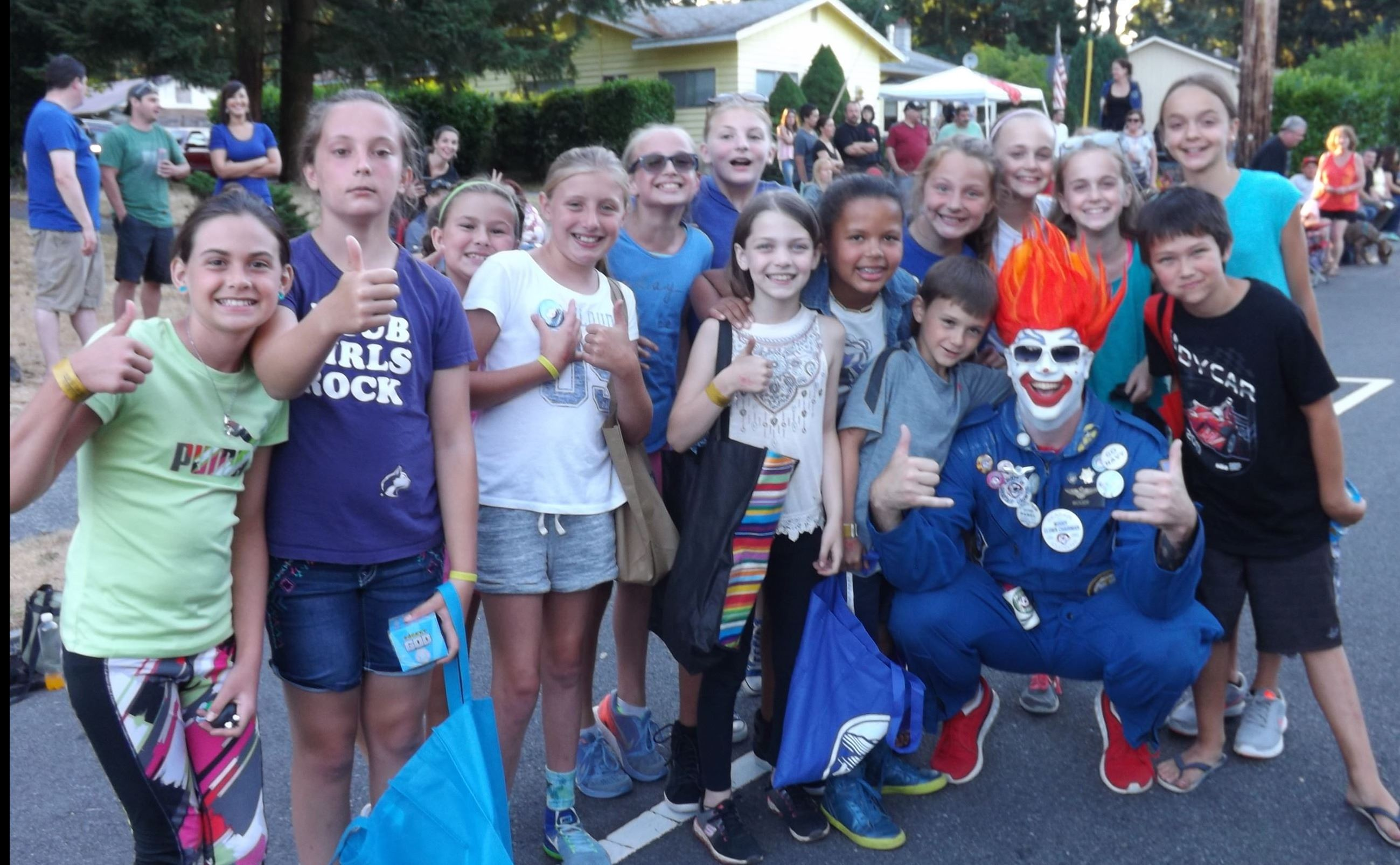 Seafair Clown in Tour de Terrace Parade